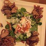 Leaf salad with pork
