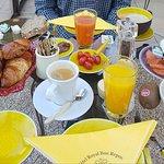 Photo of Hotel Royal Bon Repos