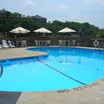 Pool - The Mountaineer Inn Photo