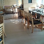 Foto de The Quilon Beach Hotel & Convention Centre