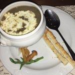 Крем суп грибной, циппилины с мясом. Сытно