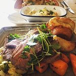Roast beef Sunday Lunch INSTA: aylaeats