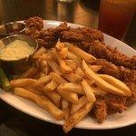 Foto de Houlihan's Restaurant and Bar- at DoubleTree