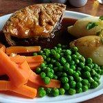 Lovely gravy & proper pie