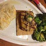 Mahi Mahi with Broccoli and Mashed Potatoes
