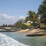 Foto de Tropikist Beach Hotel & Resort