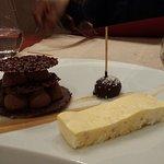 Chocolat Bailey's et parfait glacé passion et poivre sauvage