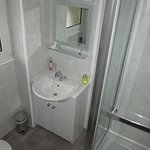 Superior Single ensuite room 1