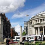 Manchester City Centre & all its attractions are only 15 minutes away by Metrolink