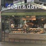 صورة فوتوغرافية لـ Dean & David