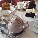 time for tea... with Guiness cake and Caramel and Pecan cake... yummy