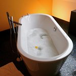 Epic bathtub with complimentary rubber ducky