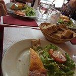 Photo de Cafe Med