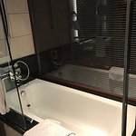DoubleTree by Hilton Hotel & Residences Dubai - Al Barsha Foto