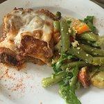 Panamanian lasagna with green bean salad