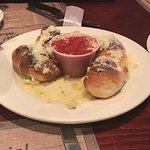 Garlic knots with marinara sauce