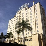 The Hollywood Roosevelt Hotel hosted the very first Academy Awards ceremony back in 1929.