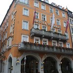 Hotel Torbrau is in a great location