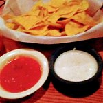 Complementary Chip & Salsa (unlimited)