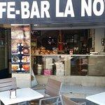 Photo de La Notaria Cafe Bar