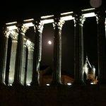 Veduta notturna del Tempio di Diana