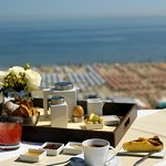 Hotel Sporting 4 stelle fronte mare