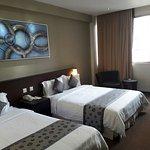 Royal newtown Hotel
