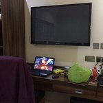 As stated a huge TV at the foot of my large bed and great WiFi on my laptop :-) Was a great stay