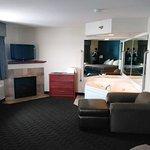 Photo de AmericInn Lodge & Suites Beulah