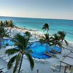 Photo of Hotel Riu Cancun