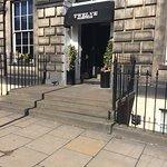 Twelve Picardy Place Foto