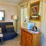 1 Bedroom Apartment sitting area