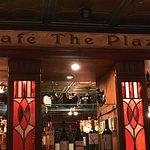 Cafe the Plaza restaurant/bar