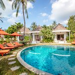 Secret Garden Beach Resort-billede