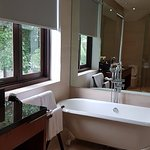 Verandah Suite bathroom