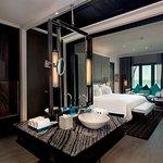 Club InterContinental Ocean View Terrace Suite