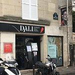 Espace Dali: entry