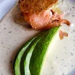 Le menu du midi en semaine à 16€ (large choix d'entrées plats et ts les desserts de la carte) et