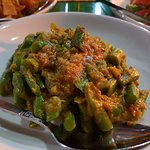 French beans in peanut sauce