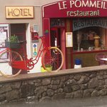 Photo of Hotel le Pommeil