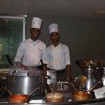 Avec les jeunes cuisiniers ( la relève)