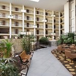 Foto de Embassy Suites by Hilton Piscataway - Somerset