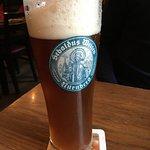 tolles essen, tolles ambiente und leckeres bier. ein urgemütliches restaurant mit toller atmosph