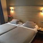 Photo de Hotel Bristol Republique
