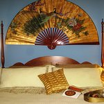 Our 2-room luxury suite sleeps 2-4, king and twin beds, spacious bath, whirlpool, views, elec fp