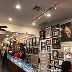 Photo de Gold and Silver Pawn Shop