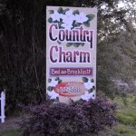 Foto de Country Charm Bed and Breakfast