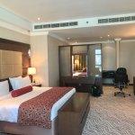 Foto de Park Regis Kris Kin Hotel