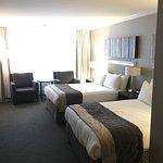 Photo of Hotel Manoir Victoria