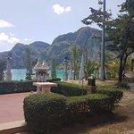Foto de Phi Phi Island Cabana Hotel